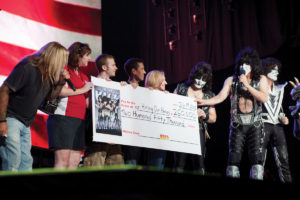 kiss-money-veterans-troops