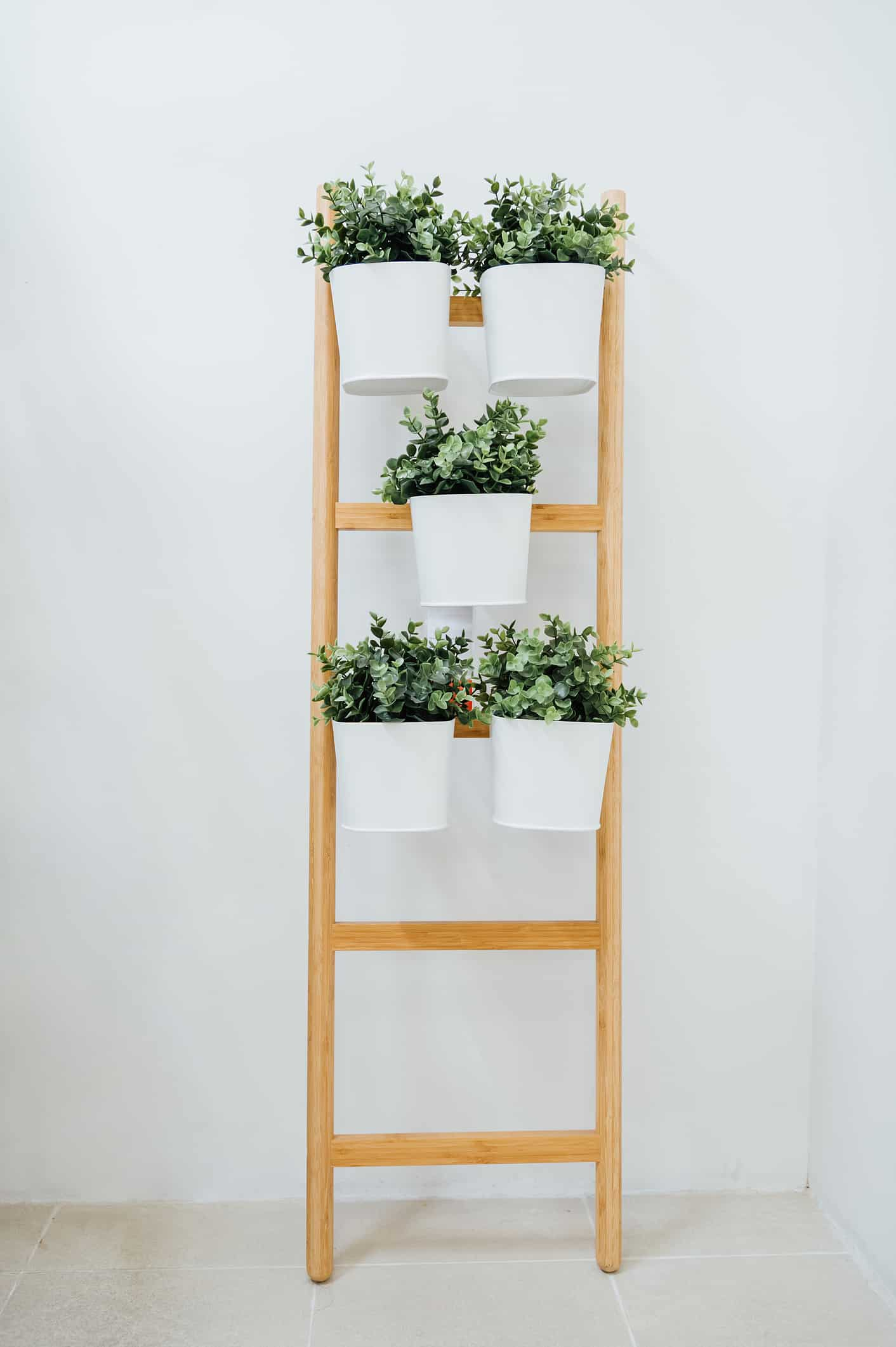 Ladder decor storage