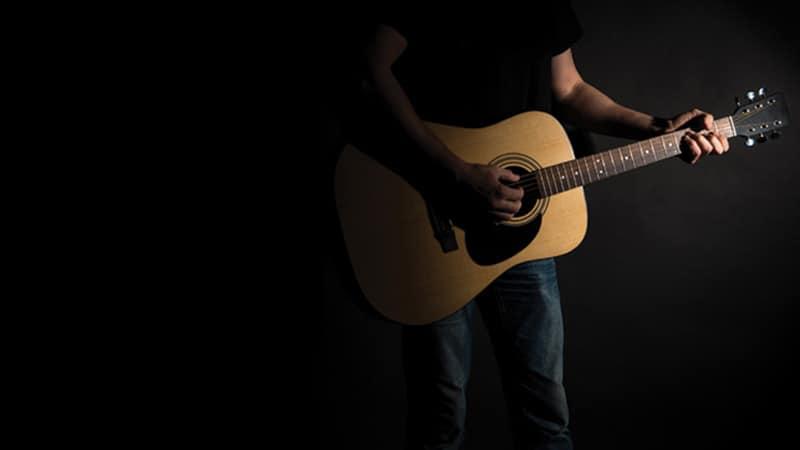 Rejection guitar Image