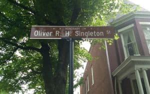 Oliver_Singleton Image