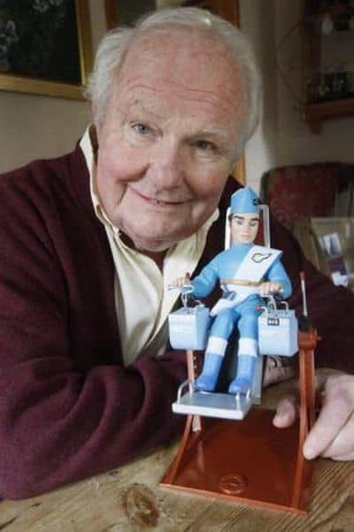 Shane Rimmer with Thunderbird model | Photo provided by Shane Rimmer