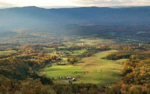 Shenandoah Valley offers a variety of outdoor mountain activities Image