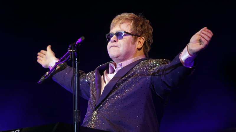 Elton John Looking regal Image