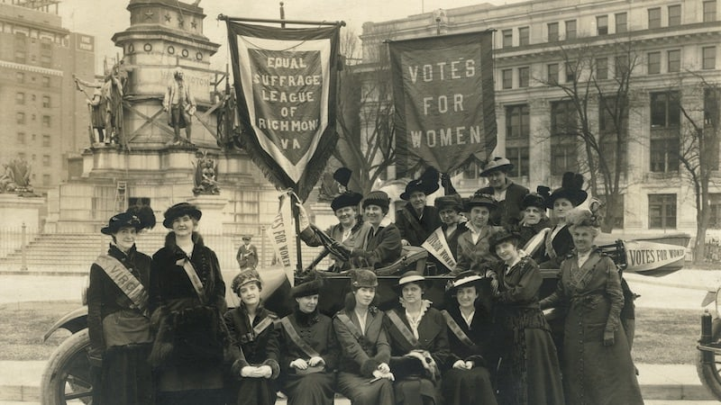 Equal Suffrage League of Virginia at Virginia State Capitol, 1915