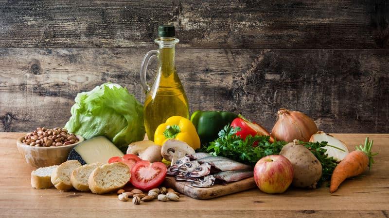 Eat a Mediterranean diet to glow Image