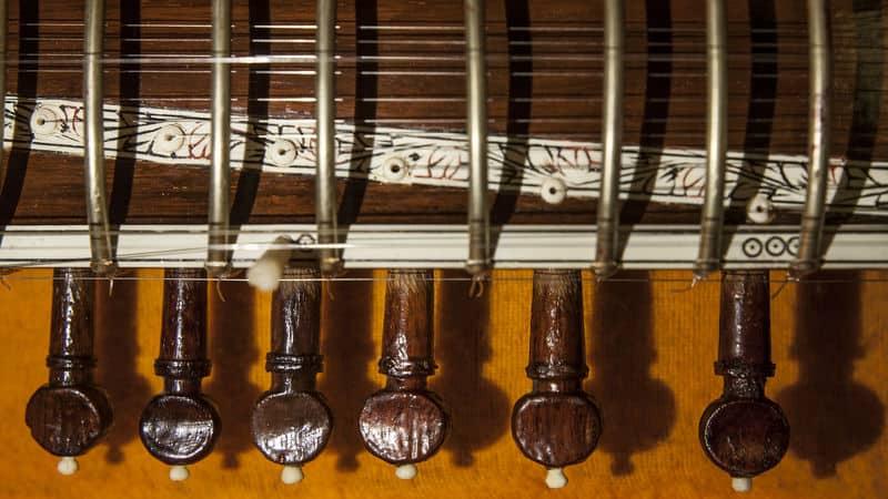 music trivia & crossword puzzles sitar Image