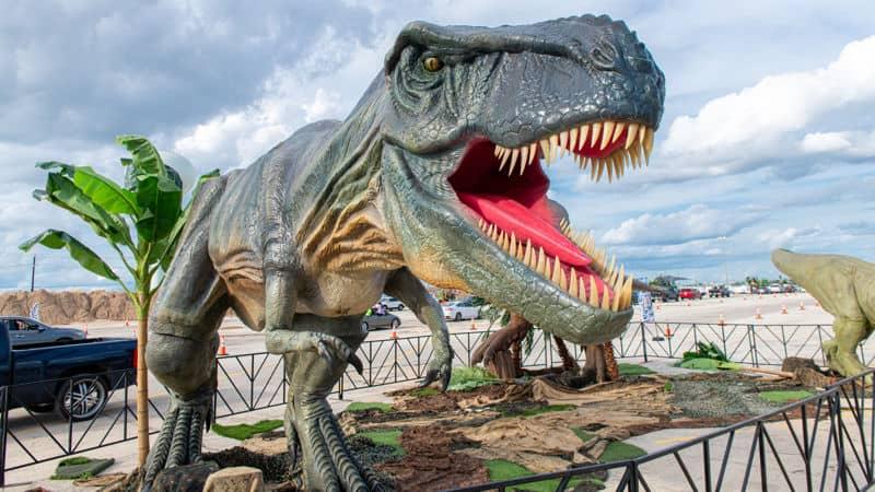 Jurassic Quest dinosaur Image