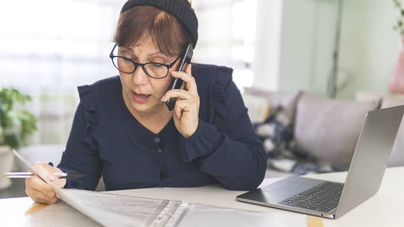 Woman not sure she wants to be loaning money to family Image