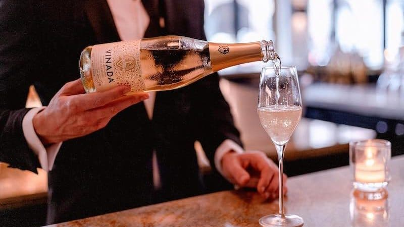 Vinada alcohol-free sparkling wines Image