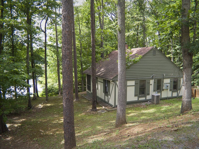 Twin Lakes State Park cabin for your natural pandemic getaway