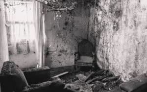 A childhood episode seared into memory: abandoned house Image