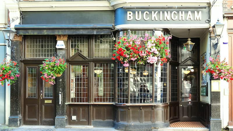 A traditional English pub in Buckingham, England, for funny British phrases and idioms article (Dreamstime/TNS) Image