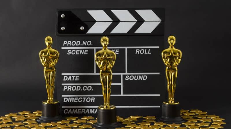 Oscar award lookalike statues, for Soderbergh justifies the 2021 Oscars Image