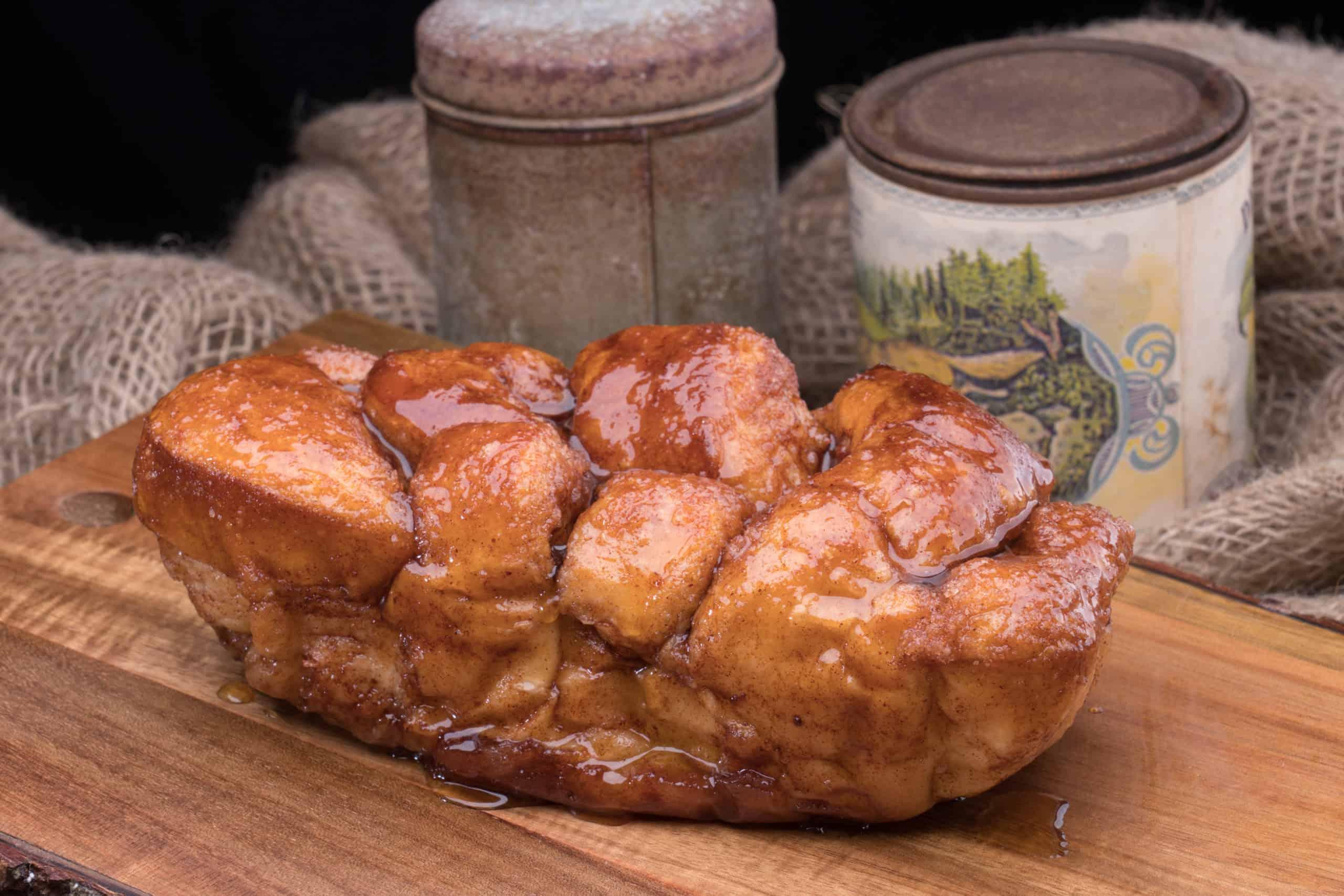 Dollywood cinnamon bread
