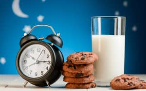A lot of cookies is definitely one of the biggest pre-bedtime snack mistakes Image