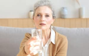 Guest wants more water Image
